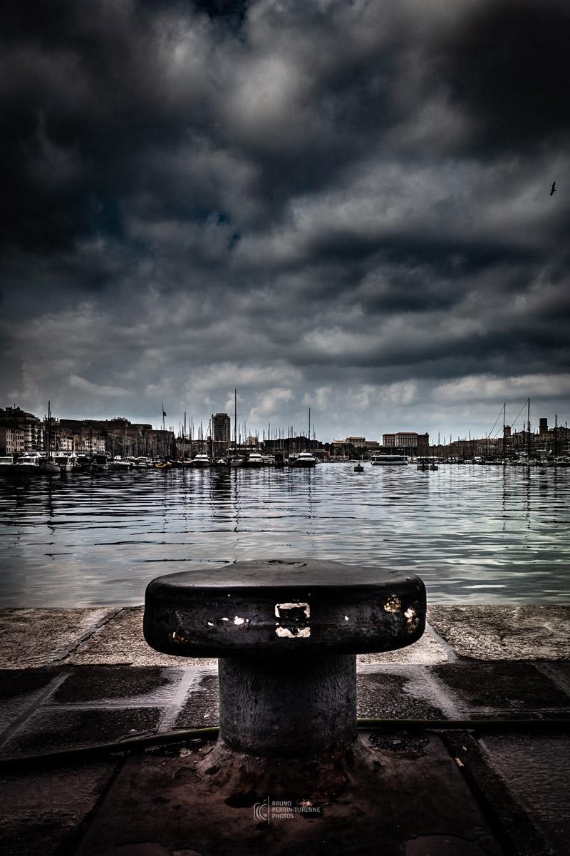 Le Vieux Port avant l'orage -1 | Photos Marseille | Bruno Perrin-Turenne Photos